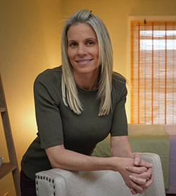 Holistic Psychiatric Health, Julie Cunningham